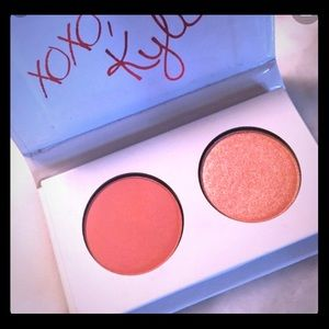 KYLIE Valentine's KISS ME Mini Duo Eyeshadow